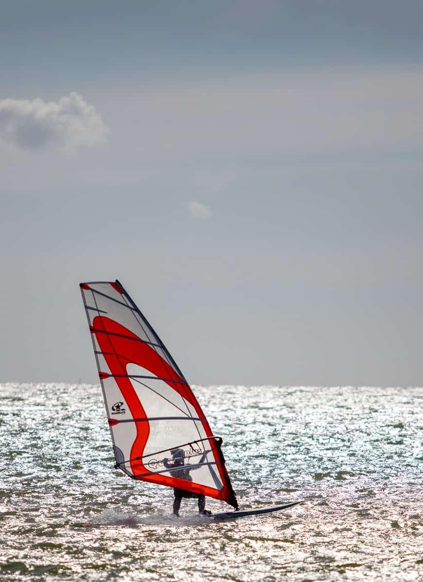 Surfer auf dem Ijsselmeer
