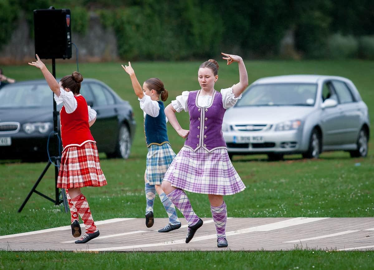 Tänzer auf einer Highland Night in Pitlochry