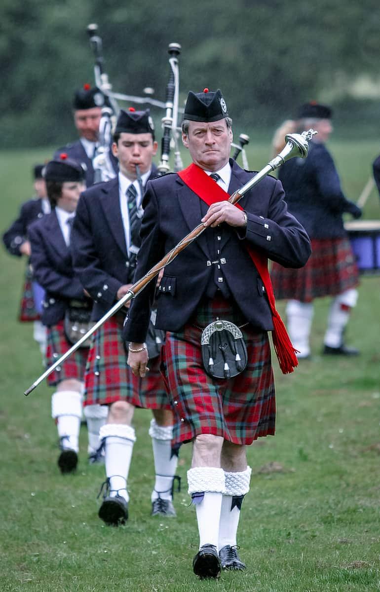 Vale Atholl Pipe Band auf einer Highland Night in Pitlochry